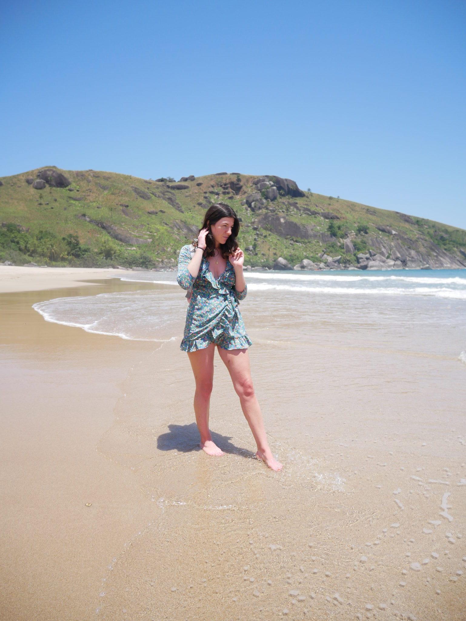 Bonnet Beach<br/> Dress: Topshop